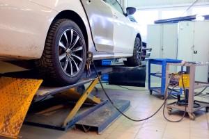 Image of a repair garage